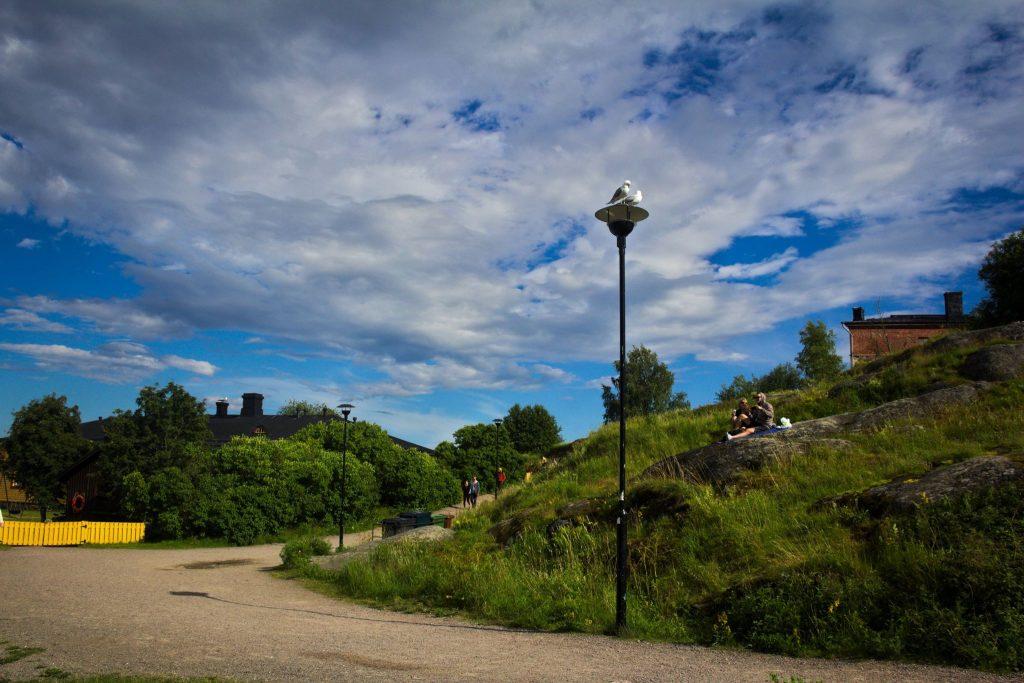 walking trail in suomenlinna