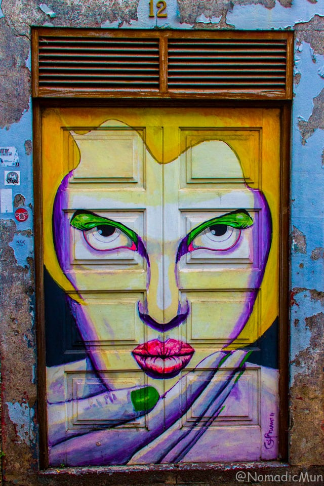 Painted door_Funchal_Madeira