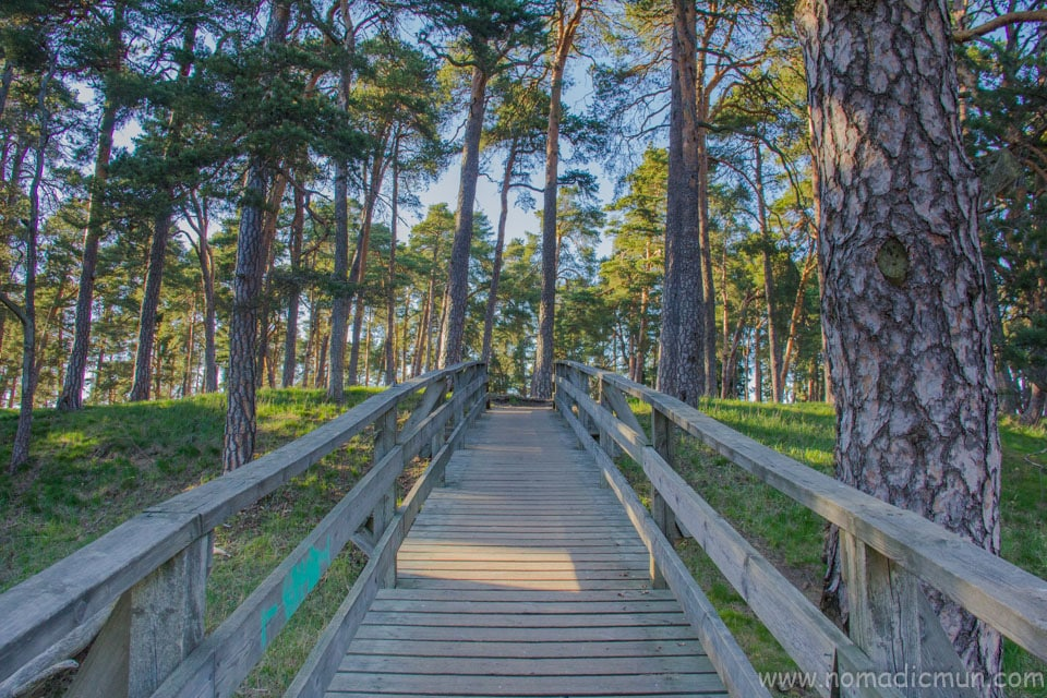 wooden bridge in Iso Linnamäki Porvoo