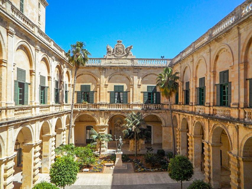Grandmaster's palace in Malta - malta travel guide