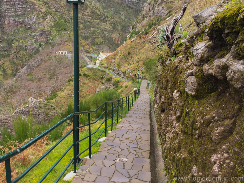 walking trail in Eira do Serrado_Madeira_Portugal