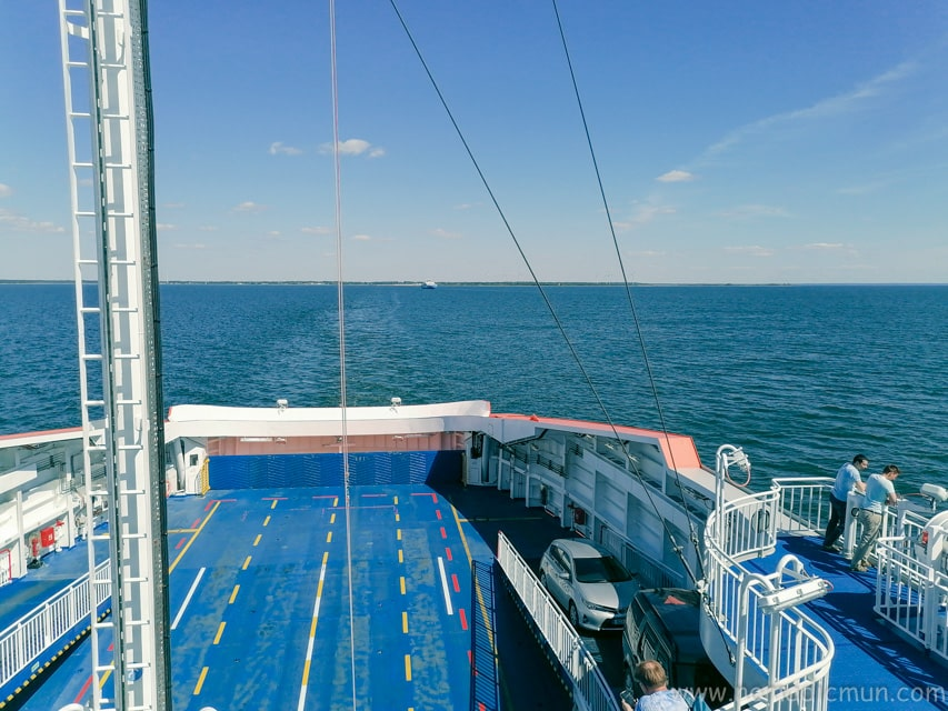 Ferry between kuivastu and virtsu